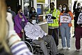 Arvin McCray, first COVID-19 patient goes home aft 50 days (49860644052).jpg