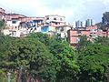 Asentamiento informal en Caracas.jpg