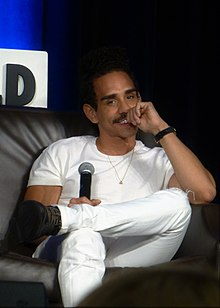 ray santiago related to ben stiller