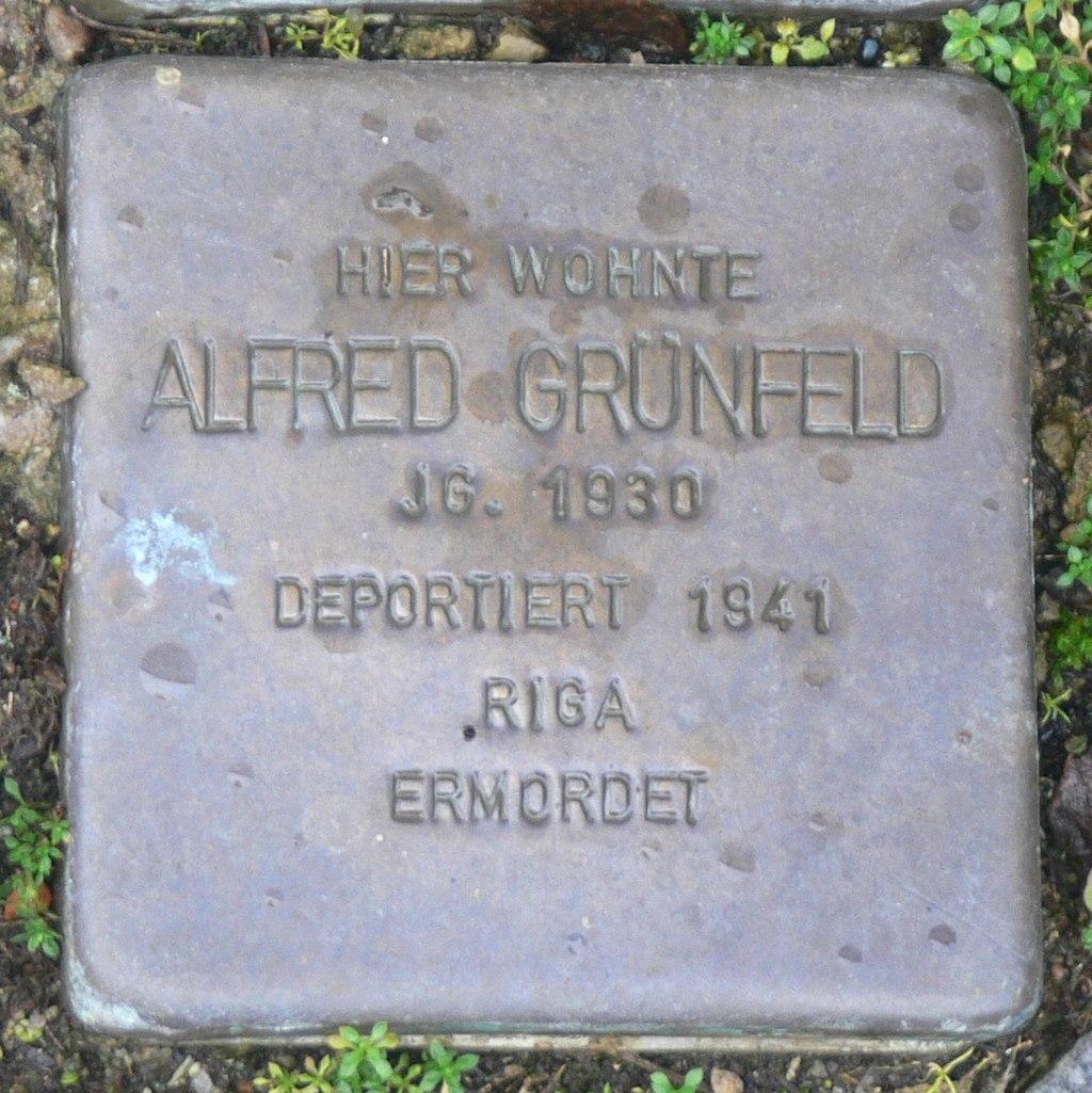 Aub - Stolperstein Grünfeld, Alfred.jpg