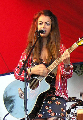 Aura Sanger Wikipedia Den Frie Encyklopaedi