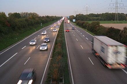 Krefeld – Bundesautobahn 44 towards Düsseldorf