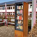 Bücherschrank Bad Holzhausen.jpg