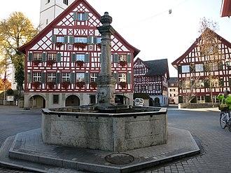 Bülach - Image: Bülach Rathausbrunnen 02