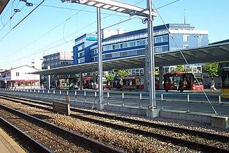 Horgen railway station - Image: Bahnhof Horgen 2011 150