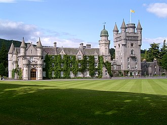 The Royal Bank of Scotland £100 note - Image: Balmoral Castle