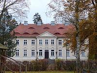 Bandelin Gutshaus Hofseite.JPG