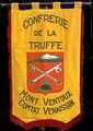 Bannière de la confrérie de la truffe du Mont-Ventoux.jpg