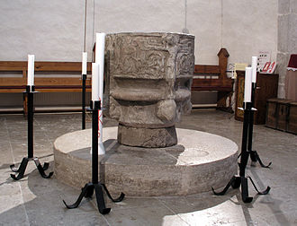 Barlingbo Church - Image: Barlingbo baptismal font 01