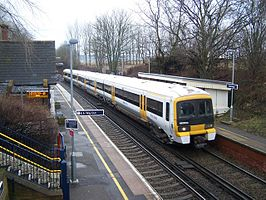 Barming railway station in 2009.jpg