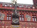 Basel Rathaus Uhr 2.JPG