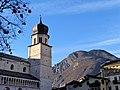 Basilica di San Vigilio (2).jpg
