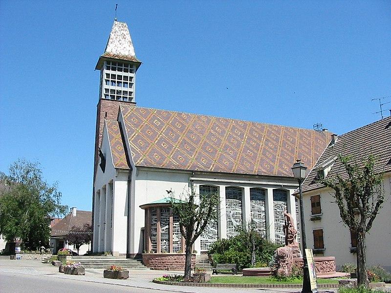 http://upload.wikimedia.org/wikipedia/commons/thumb/4/4d/Bennwihr_Eglise.jpg/800px-Bennwihr_Eglise.jpg