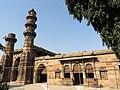 Bibiji's masjid Jhulta minar Gomtipur Ahmedabad 12.jpg