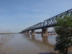 Binzhou Railway Bridge.jpg
