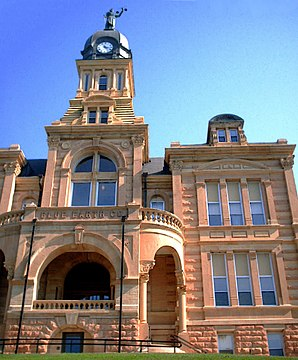 Das Blue Earth County Courthouse in Mankato, gelistet im NRHP Nr. 80001940[1]