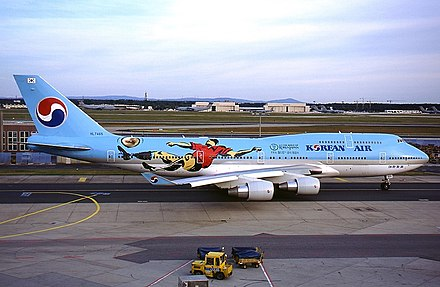 Korean Air Boeing 747 adorned with 2002 World Cup livery marking South Korea as co-hosts Boeing 747-4B5, Korean Air AN0241562.jpg