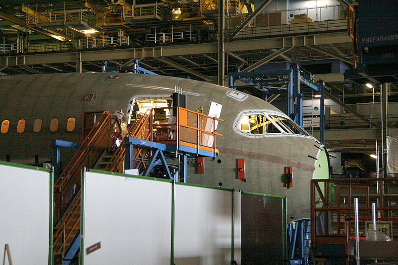 File:Boeing 787 Section 41 final assembly.jpg