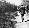 Bosbouw, bosbrand, sigaretten, jongemannen, bosranden, Bestanddeelnr 193-0401.jpg