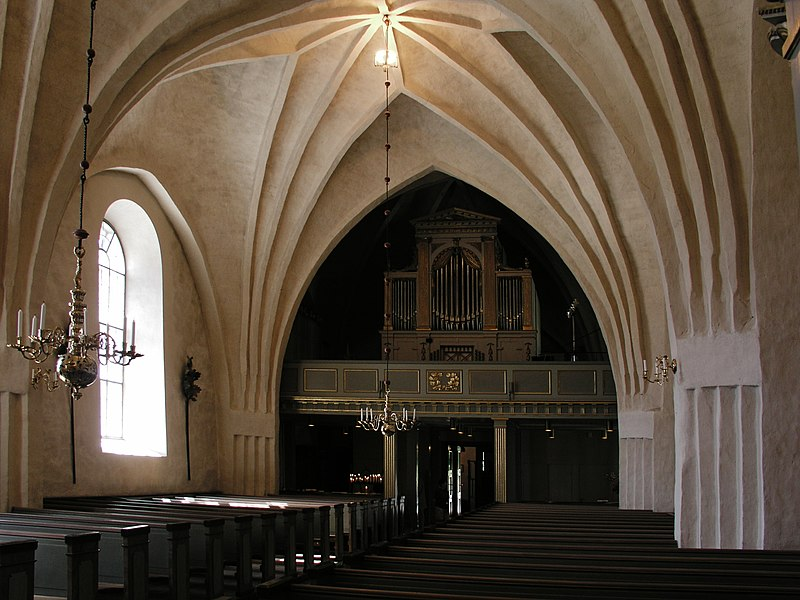 Botkyrka kyrka vaults02.jpg