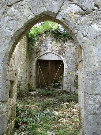 Bouloc-en-Quercy - The remains of the chapel of Saint-Caprais, in Bouloc