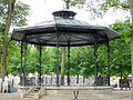 Bourges - Jardin du Palais de l'Archevêché - Kiosque -984.jpg