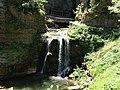 Bramabiau Saint-Sauveur-Camprieu aval abîme cascade (2).jpg