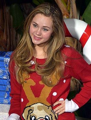 "Brec Bassinger - Bassinger at Nickelodeon's ""Ho Ho Holiday Special"" premiere on December 1, 2015."