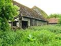 Bucklebury - Old Barn - geograph.org.uk - 826367.jpg