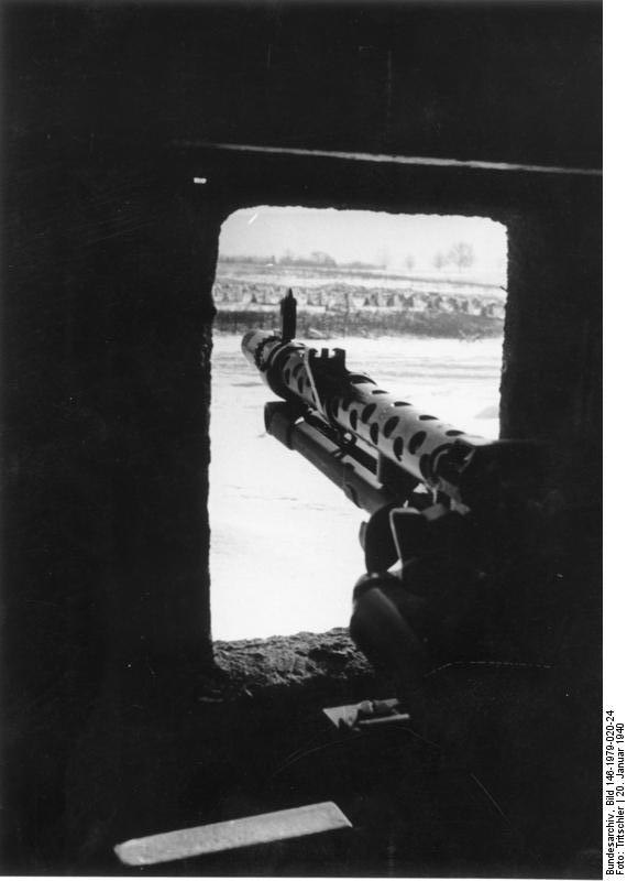 Bundesarchiv Bild 146-1979-020-24, Westwall, eingebautes MG