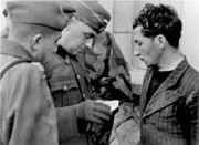 Bundesarchiv Bild 146-1983-077-13A, Frankreich, Einsatz gegen die Resistance