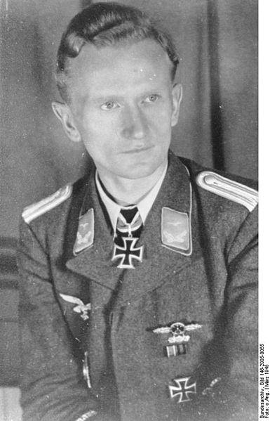 File:Bundesarchiv Bild 146-2005-0055, Anton Korol.jpg