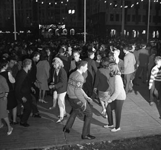 Twist (dance) - Dancing twist, Berlin, 17 May 1964