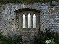 Burg Hohenurach 38 gotisches Fenster 02.jpg