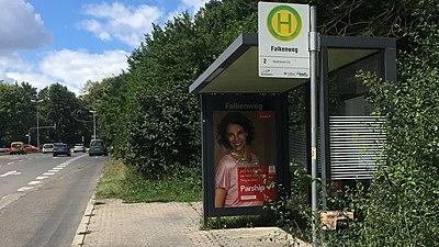 Bushaltestelle Falkenweg Tübingen Waldhäuser-Ost Fahrtrichtung WHO.jpg