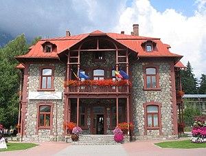 Bușteni - Image: Busteni city hall
