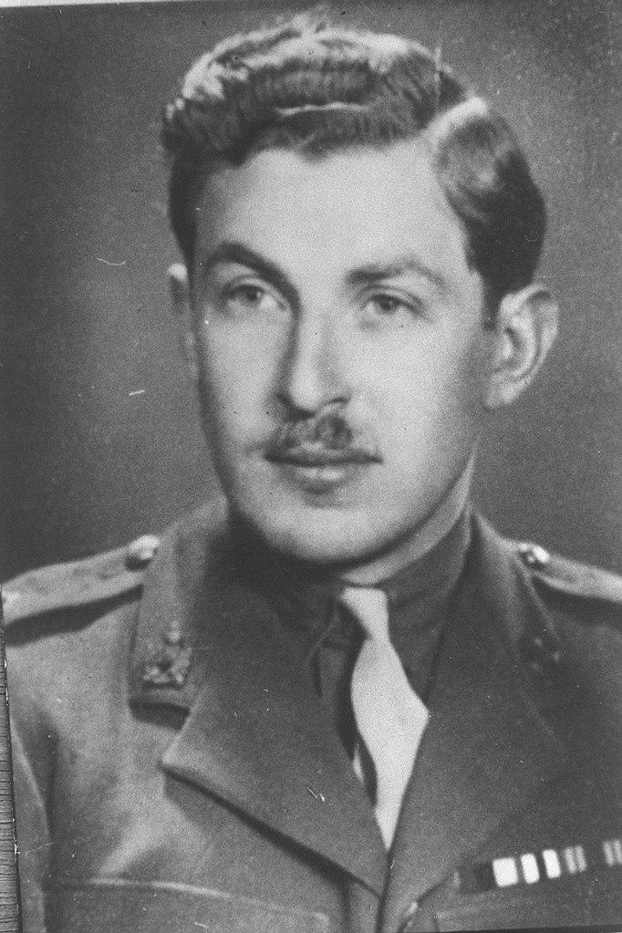 Filechaim Herzog In British Army Uniform