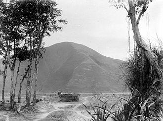 Samosir - Sarcophagus in Samosir circa 1916