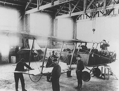 CURTISS JN-4 Maintenance USAF.JPG