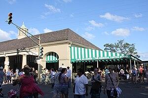 Café du Monde - Café du Monde is open 24 hours a day