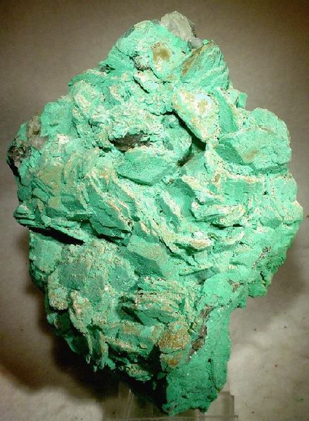 what is a good color for a bathroom file calcite 26462 jpg wikimedia commons 26462
