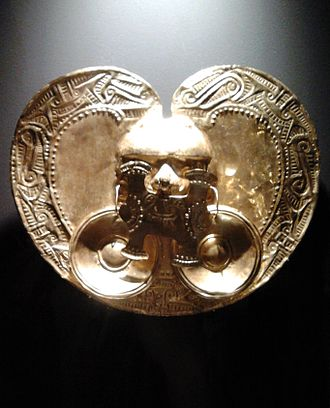 Gold Museum, Bogotá - Calima culture heart-shaped pectoral as displayed in the temporary exhibition of Museum of Gold's exhibits at the Royal Castle in Warsaw