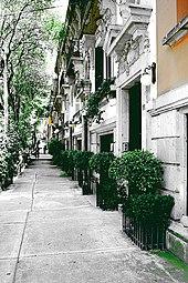 Una calle en la Colonia Roma