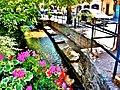Canal l'Aubach bordé d'anciens lavoirs.jpg