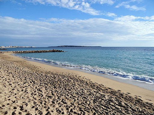 Quelle plage choisir cannes sortir c te d 39 azur for Cannes piscine municipale