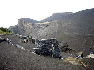 Capelinhos mountain