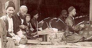 Azerbaijani rug - Carpet manufacturing in Ganja in the early 20th century.