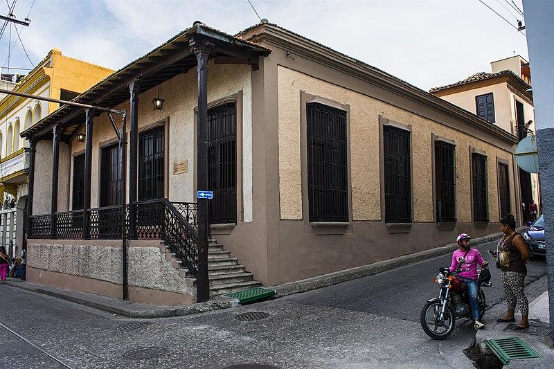 File:Casa Dranguet en Santiago de Cuba.jpg