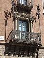 Casa de les Punxes (Barcelona) Balcó 01.JPG