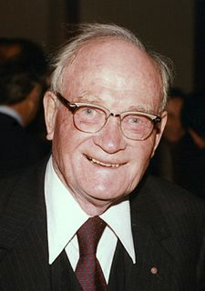 Cecil Howard Green American businessman